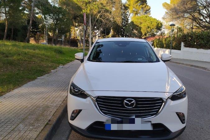 Alquiler barato de Mazda CX-3 con equipamiento GPS cerca de 08223 Terrassa.