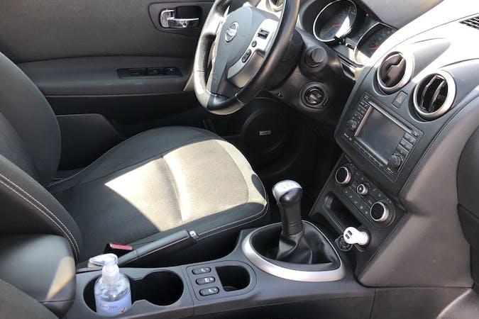 Billig billeje af Nissan Qashqai+2 med GPS nær 7000 Fredericia.