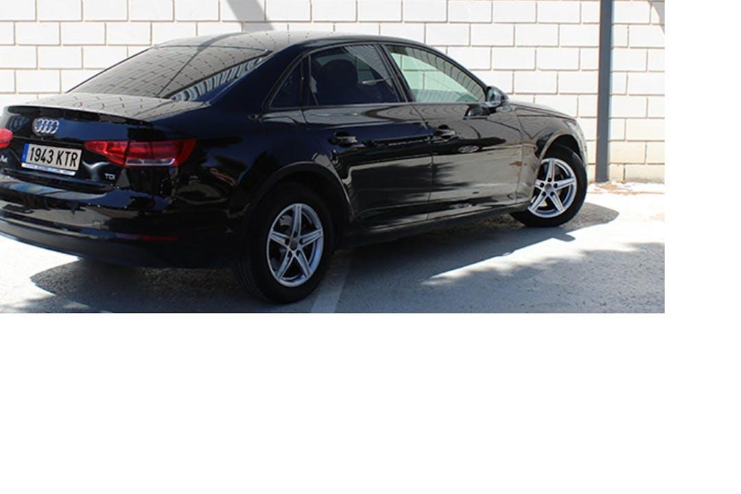 Alquiler barato de Audi A4 con equipamiento Fijaciones Isofix cerca de 46007 València.