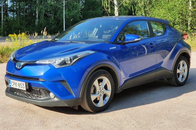 Toyota C-HRn halpa vuokraus GPSn kanssa lähellä 00820 Helsinki.
