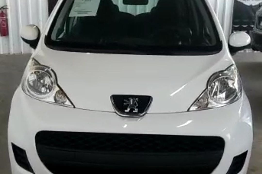 Alquiler barato de Peugeot 107 cerca de 46022 València.