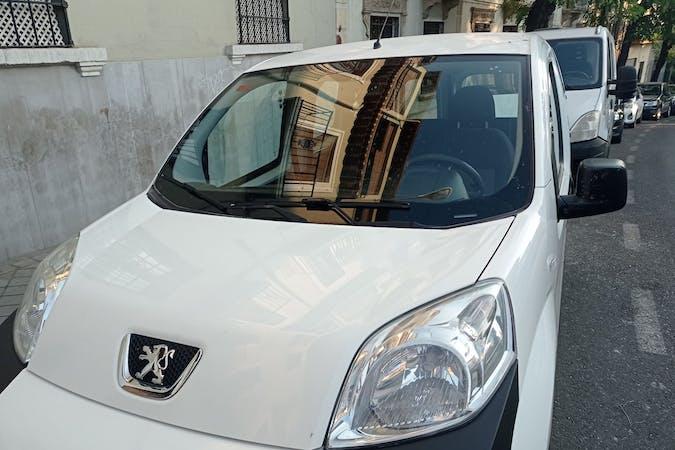 Alquiler barato de Peugeot Bipper cerca de 18010 Granada.