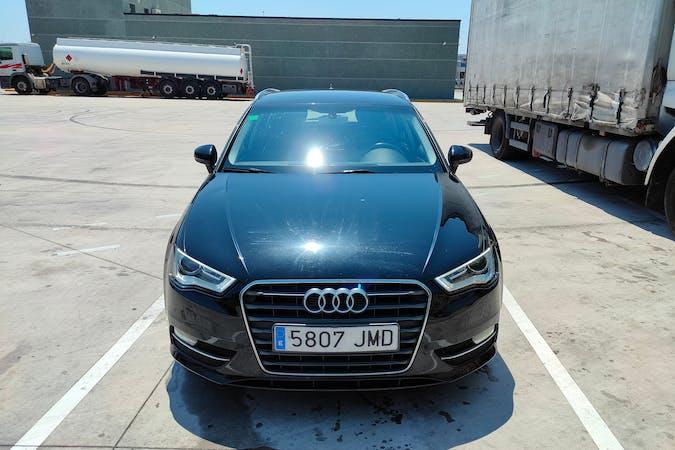 Alquiler barato de Audi A3 Sportback cerca de 08591 Aiguafreda.