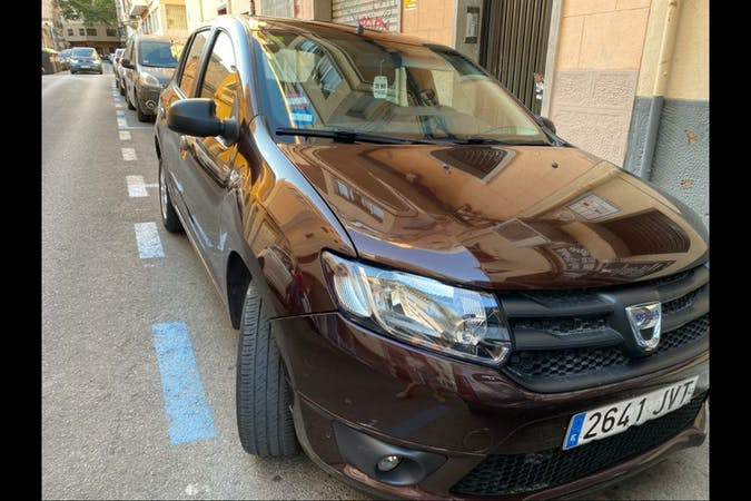 Alquiler barato de Dacia Sandero cerca de 07006 Palma.