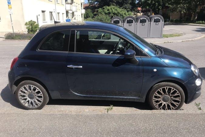 Billig biluthyrning av Fiat 500 med Bluetooth i närheten av 129 32 Hägersten-Liljeholmen.