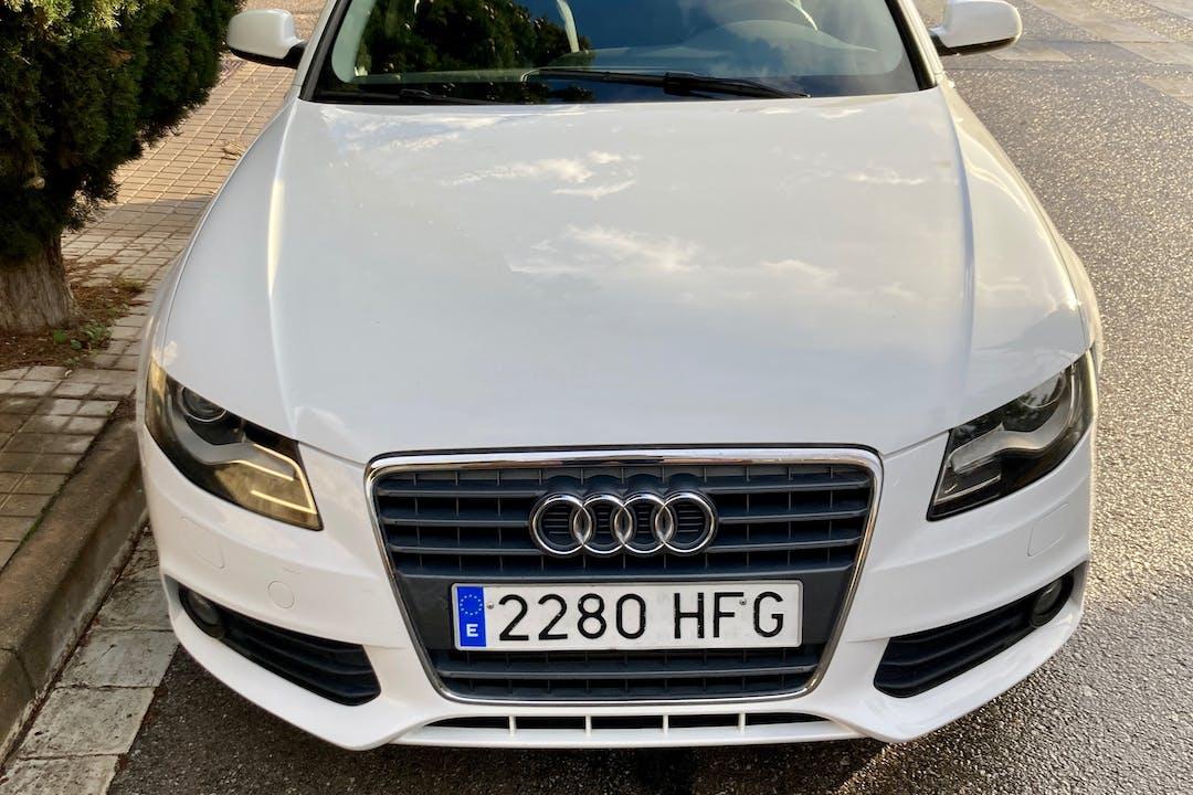Alquiler barato de Audi A4 Avant cerca de 08310 Argentona.