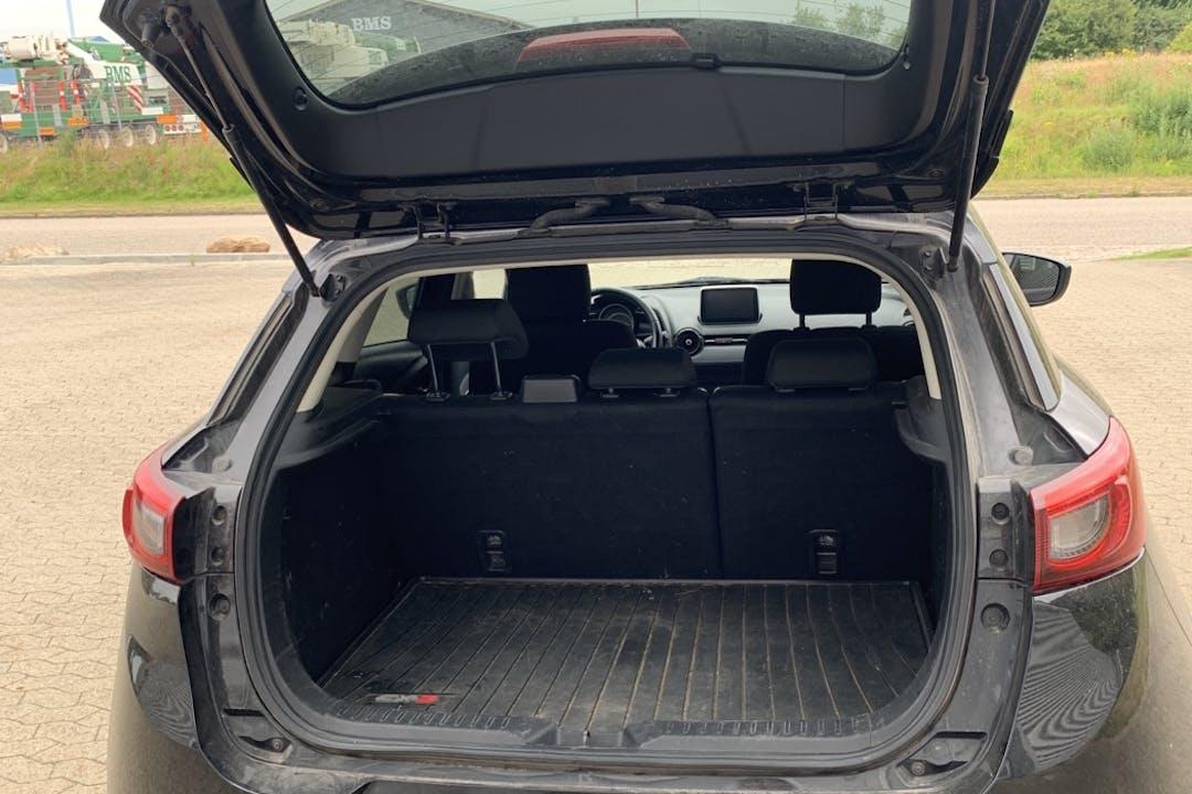 Billig billeje af Mazda CX-3 med GPS nær 6710 Esbjerg.