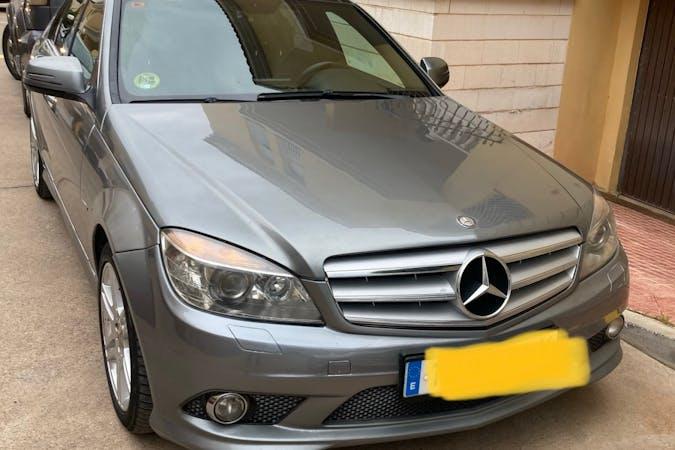 Alquiler barato de Mercedes C-Class cerca de 52006 Melilla.