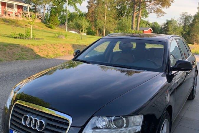 Billig biluthyrning av Audi A6 Avant med GPS i närheten av  .