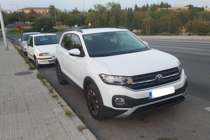 Alquiler barato de Volkswagen T-Cross con equipamiento GPS cerca de 07007 Palma.