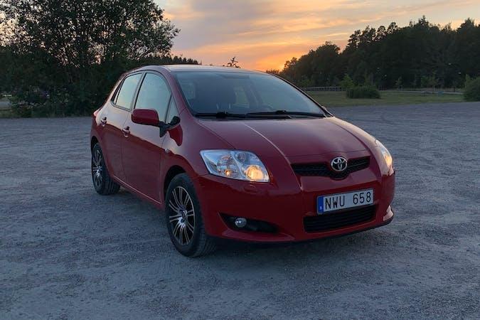 Billig biluthyrning av Toyota Auris i närheten av 587 27 Johannelund.