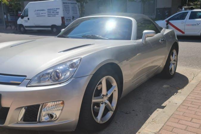 Alquiler barato de Opel GT cerca de  Madrid.
