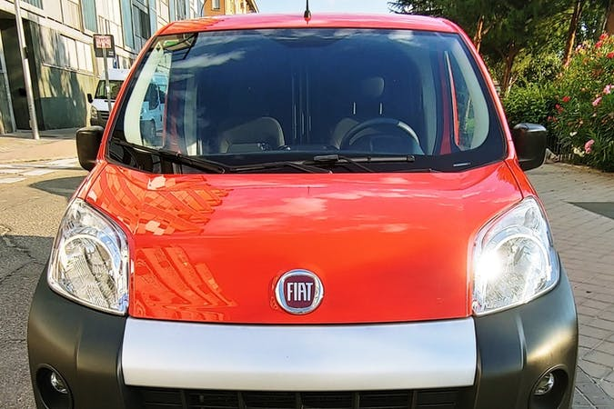 Alquiler barato de Fiat Fiorino cerca de 28041 Madrid.