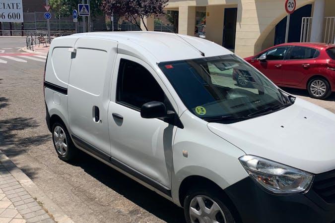 Alquiler barato de Dacia Dokker cerca de 28850 Torrejón de Ardoz.