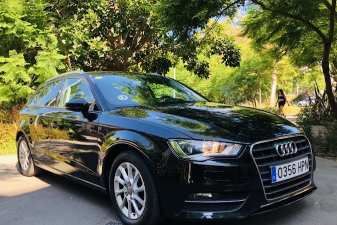 Alquiler barato de Audi A3 Sportback cerca de 08016 Barcelona.