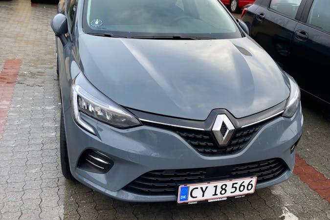 Billig billeje af Renault Clio med Bluetooth nær 2850 Nærum.