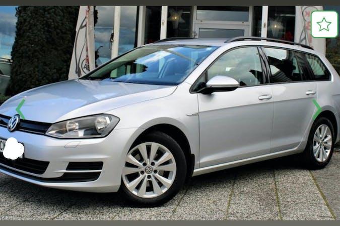 Billig biluthyrning av Volkswagen Golf med Isofix i närheten av 167 33 Bromma.
