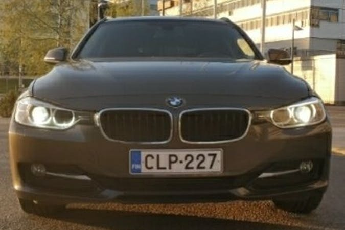 BMW 3 Seriesn halpa vuokraus Isofix-kiinnikkeetn kanssa lähellä 02180 Espoo.