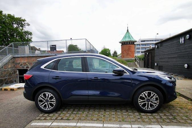 Billig billeje af Ford Kuga nær  København.