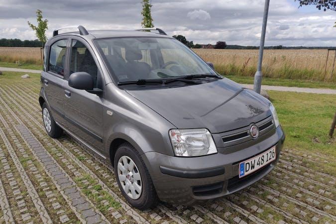 Billig billeje af Fiat Panda nær 8250 Egå.
