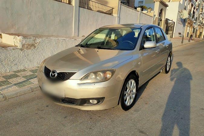 Alquiler barato de Mazda 3 cerca de 29005 Málaga.