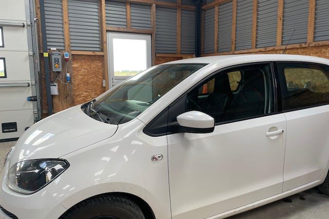 Billig billeje af Volkswagen UP! med GPS nær 6230 Rødekro.