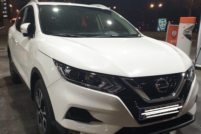 Alquiler barato de Nissan Qashqai con equipamiento GPS cerca de 46014 València.