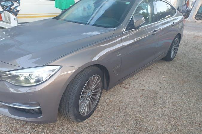 Alquiler barato de BMW 3 Series con equipamiento GPS cerca de 04007 Almería.