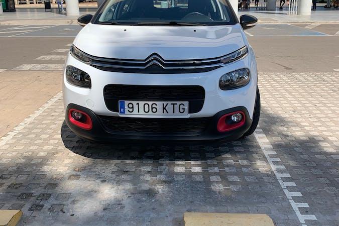 Alquiler barato de Citroën C3 cerca de 07141 Es Pont d'Inca.
