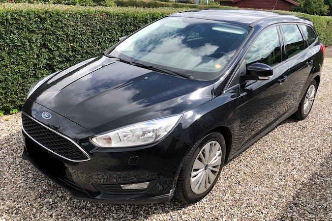 Billig billeje af Ford Focus med Isofix beslag nær 3400 Hillerød.