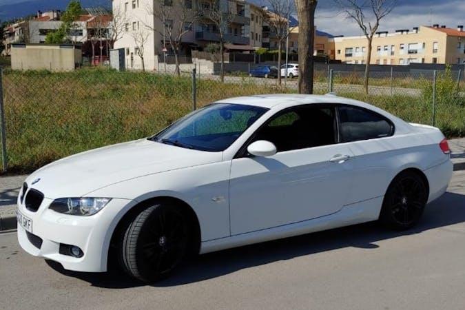 Alquiler barato de BMW 3 Series cerca de 33211 Gijón.