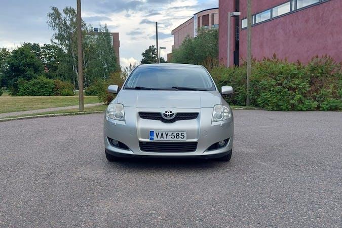 Toyota Aurisn halpa vuokraus Isofix-kiinnikkeetn kanssa lähellä 00560 Helsinki.