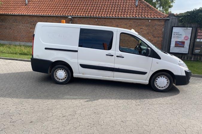 Billig billeje af Citroën Jumpy nær 2400 København.