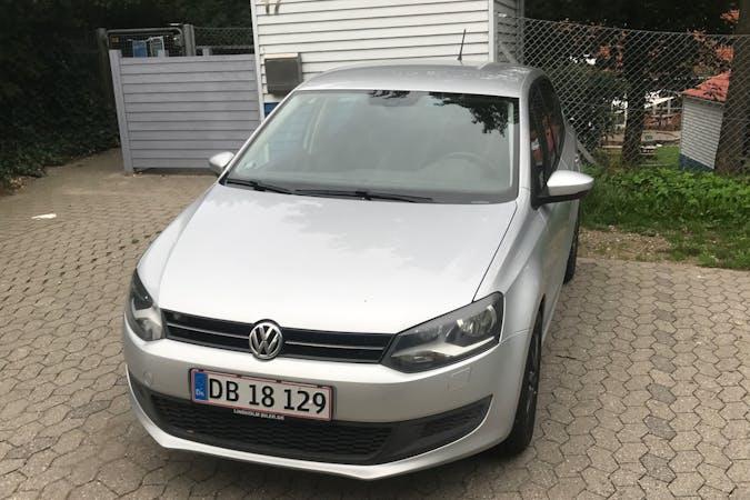 Billig billeje af Volkswagen Polo med GPS nær 3400 Hillerød.
