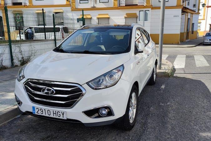 Alquiler barato de Hyundai ix35 con equipamiento GPS cerca de 21450 Cartaya.