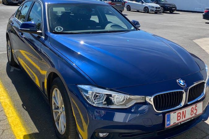 Billig billeje af BMW 3 Series med GPS nær 3450 Lillerød.