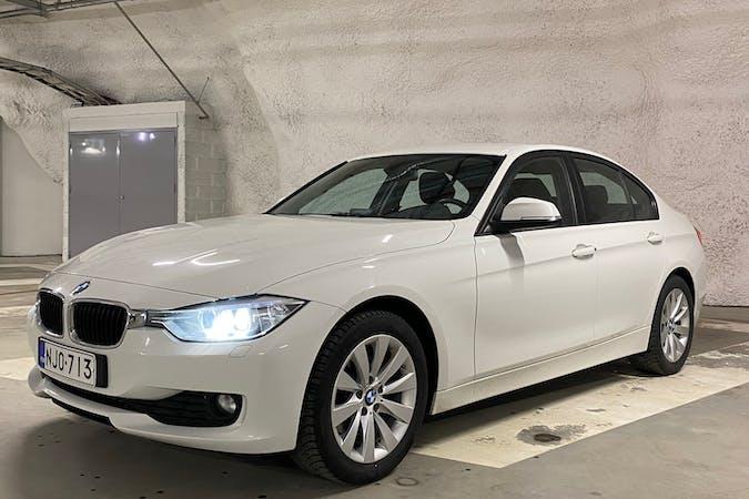 BMW 3 Seriesn halpa vuokraus Isofix-kiinnikkeetn kanssa lähellä 00100 Helsinki.