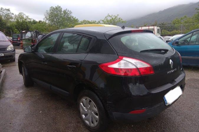 Alquiler barato de Renault Megane con equipamiento Fijaciones Isofix cerca de 39600 Maliaño.