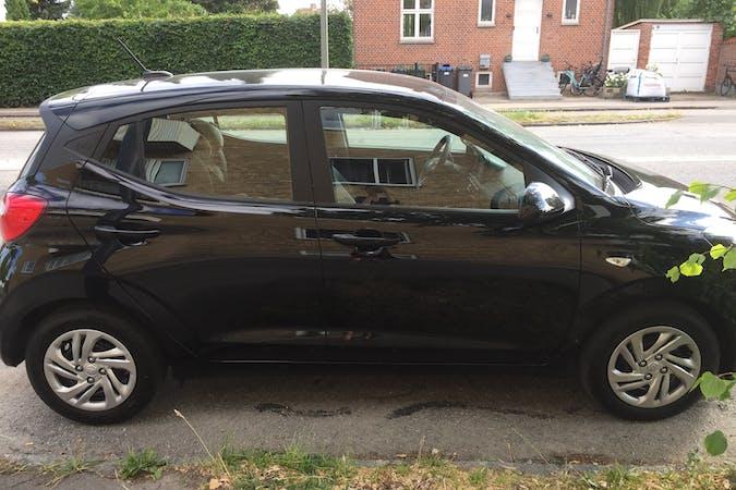 Billig billeje af Hyundai i10 med GPS nær 2720 København.
