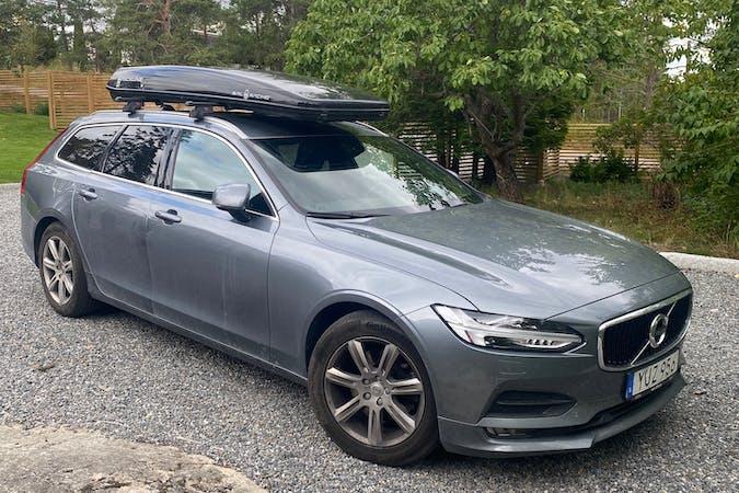 Billig biluthyrning av Volvo V90 med GPS i närheten av 132 48 .