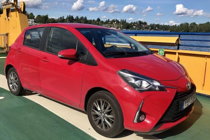 Billig biluthyrning av Toyota Yaris med GPS i närheten av 126 35 Hägersten-Liljeholmen.