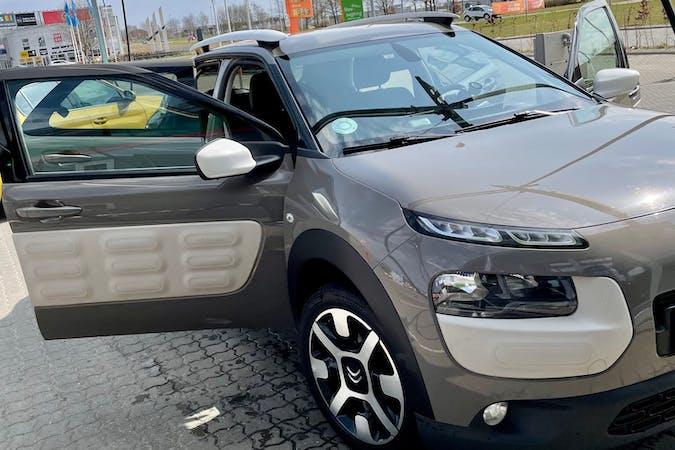 Billig billeje af Citroën C4 Cactus med GPS nær 4684 Holmegaard.