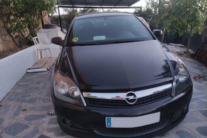 Alquiler barato de Opel Astra cerca de 28981 Parla.
