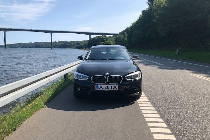 Billig billeje af BMW 1 Series med Isofix beslag nær 7100 Vejle.