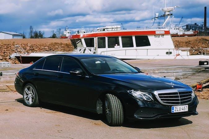 Mercedes E-Classn halpa vuokraus GPSn kanssa lähellä 00870 Helsinki.
