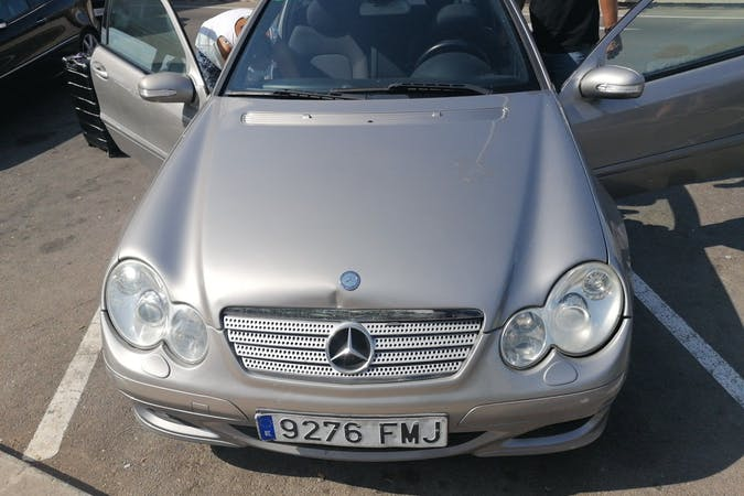 Alquiler barato de Mercedes C-Class cerca de 07141 Es Pont d'Inca.