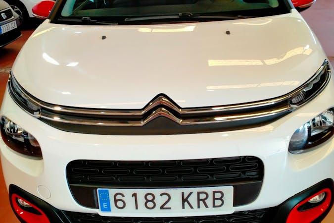 Alquiler barato de Citroën C3 cerca de 11130 Chiclana de la Frontera.