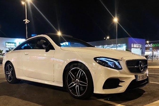 Alquiler barato de Mercedes E-Class con equipamiento GPS cerca de 04007 Almería.