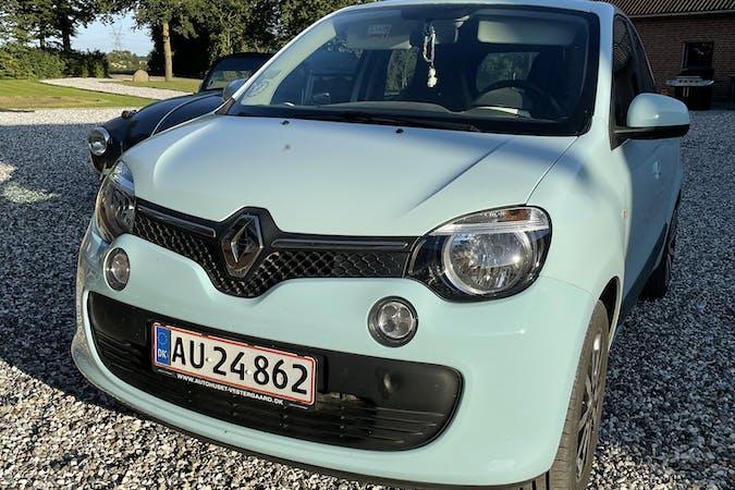 Billig billeje af Renault Twingo med Isofix beslag nær 7171 Uldum.