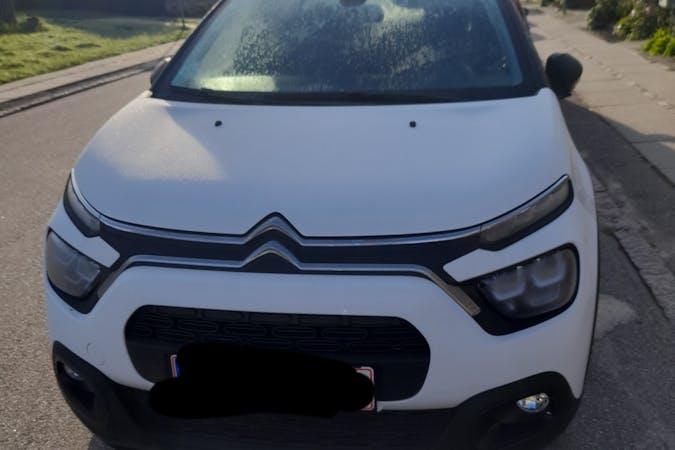 Billig billeje af Citroën C3 med GPS nær 2730 Herlev.